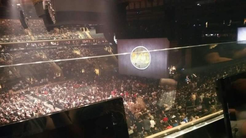 Vista sentada para Madison Square Garden Secção 209 Fila 1 Lugar 8