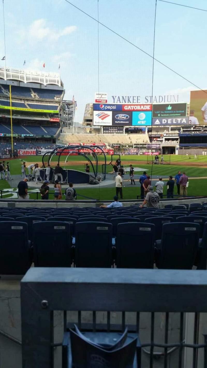 Vista sentada para Yankee Stadium Secção 118 Fila 3 Lugar 7