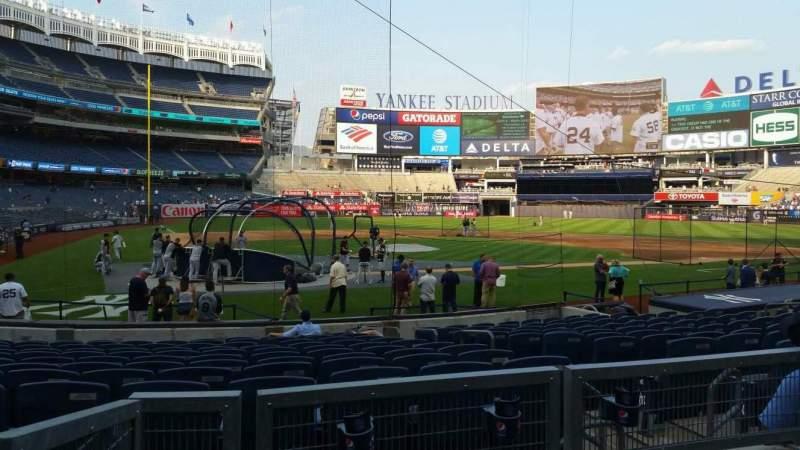 Vista sentada para Yankee Stadium Secção 118 Fila 3 Lugar 4