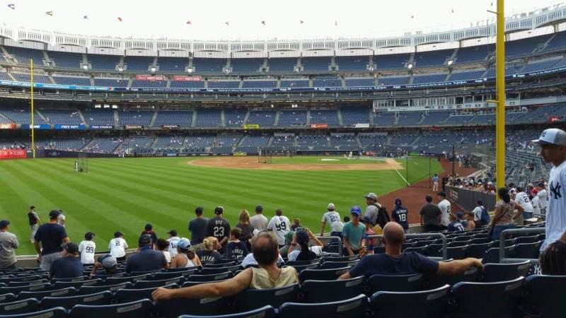 Vista sentada para Yankee Stadium Secção 133 Fila 13 Lugar 7