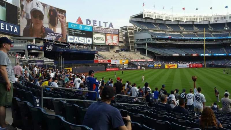 Vista sentada para Yankee Stadium Secção 133 Fila 13 Lugar 10