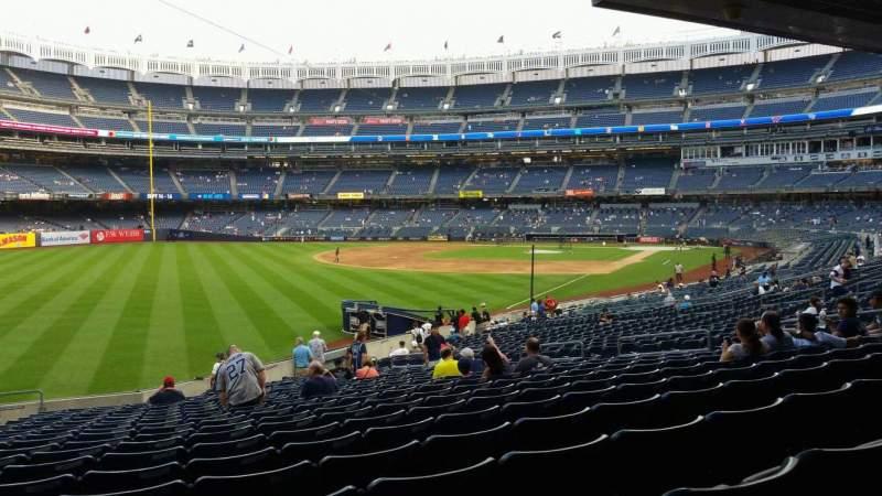 Vista sentada para Yankee Stadium Secção 131 Fila 23 Lugar 19