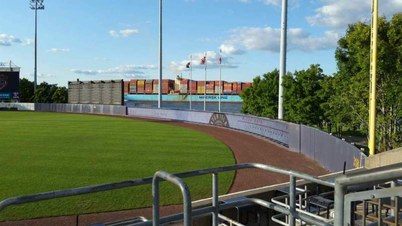 Vista sentada para Richmond County Bank Ballpark Secção 17 Fila M Lugar 1