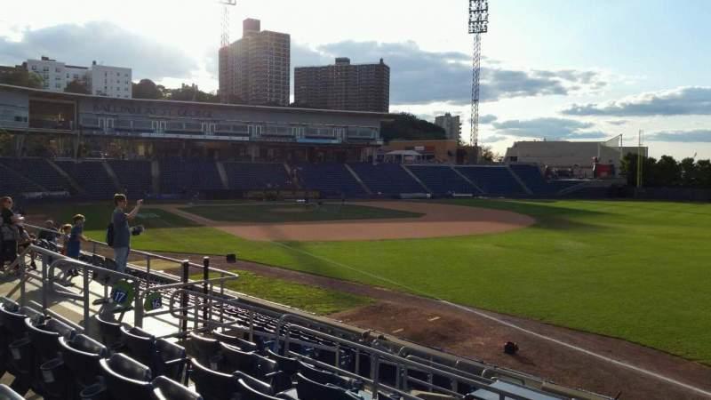 Vista sentada para Richmond County Bank Ballpark Secção 17 Fila Q Lugar 13