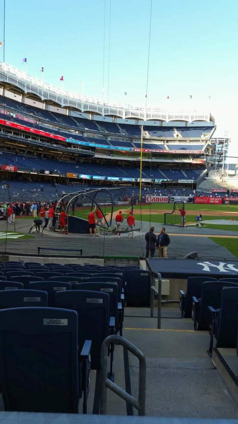 Vista sentada para Yankee Stadium Secção 117B Fila 1 Lugar 1