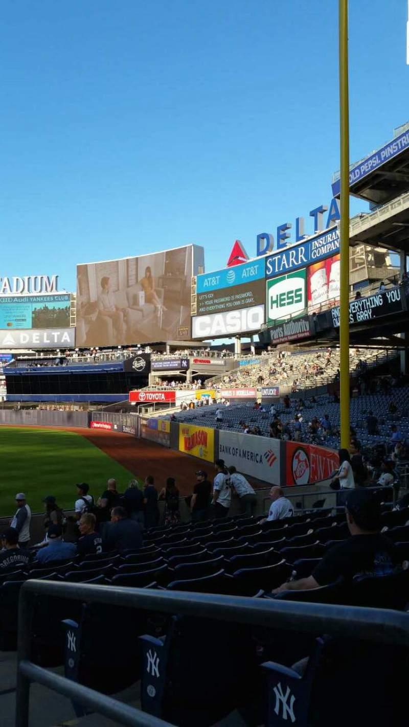 Vista sentada para Yankee Stadium Secção 110 Fila 17 Lugar 1