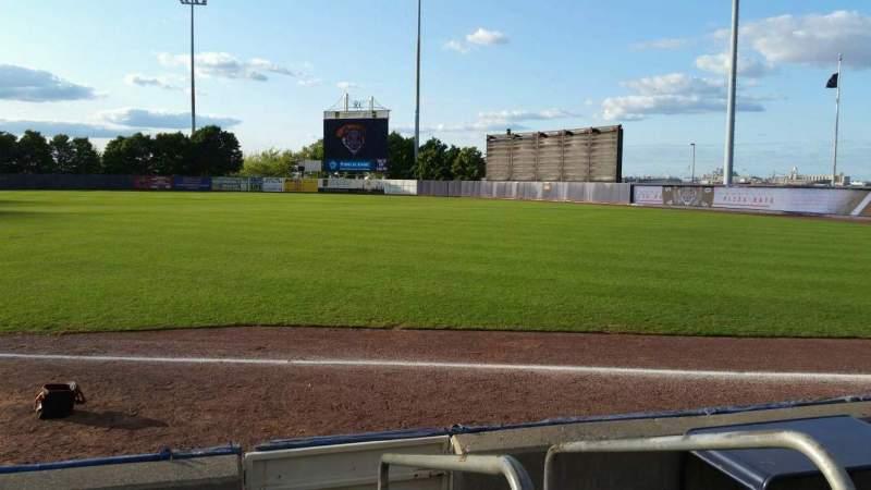 Vista sentada para Richmond County Bank Ballpark Secção 16 Fila E Lugar 1