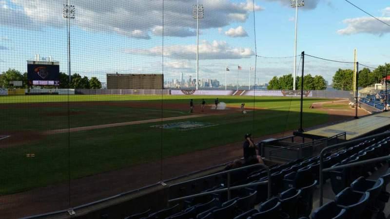 Vista sentada para Richmond County Bank Ballpark Secção 10 Fila H Lugar 9