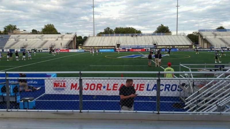 Vista sentada para James M. Shuart Stadium Secção 4 Fila D Lugar 23