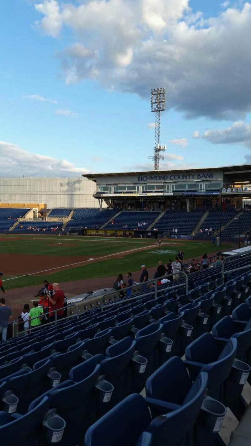 Vista sentada para Richmond County Bank Ballpark Secção 3 Fila M Lugar 17
