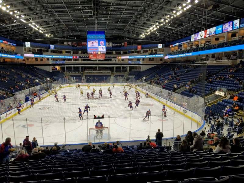 Vista sentada para Webster Bank Arena Secção 100 Fila Q Lugar 14