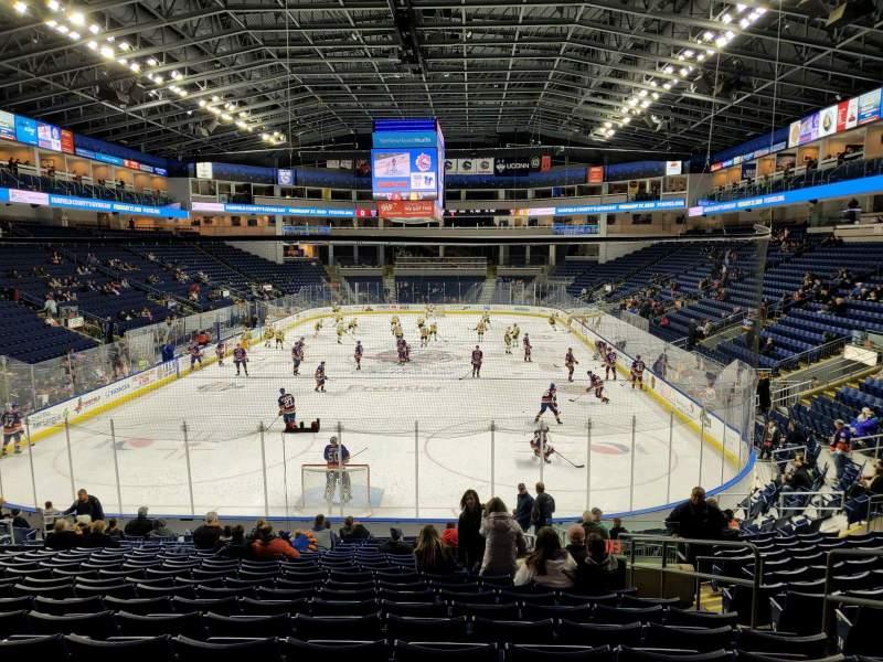 Vista sentada para Webster Bank Arena Secção 100 Fila Q Lugar 6