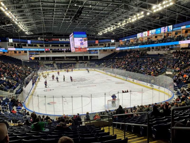 Vista sentada para Webster Bank Arena Secção 119 Fila S Lugar 3