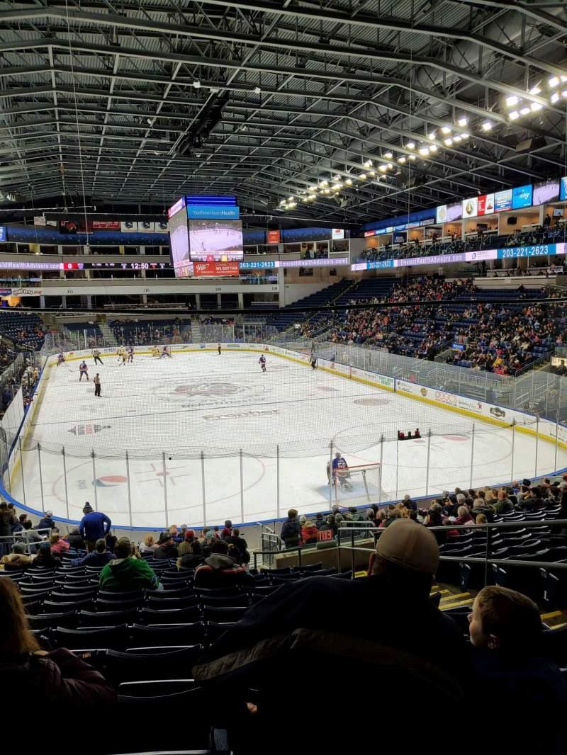 Vista sentada para Webster Bank Arena Secção 119 Fila S Lugar 5