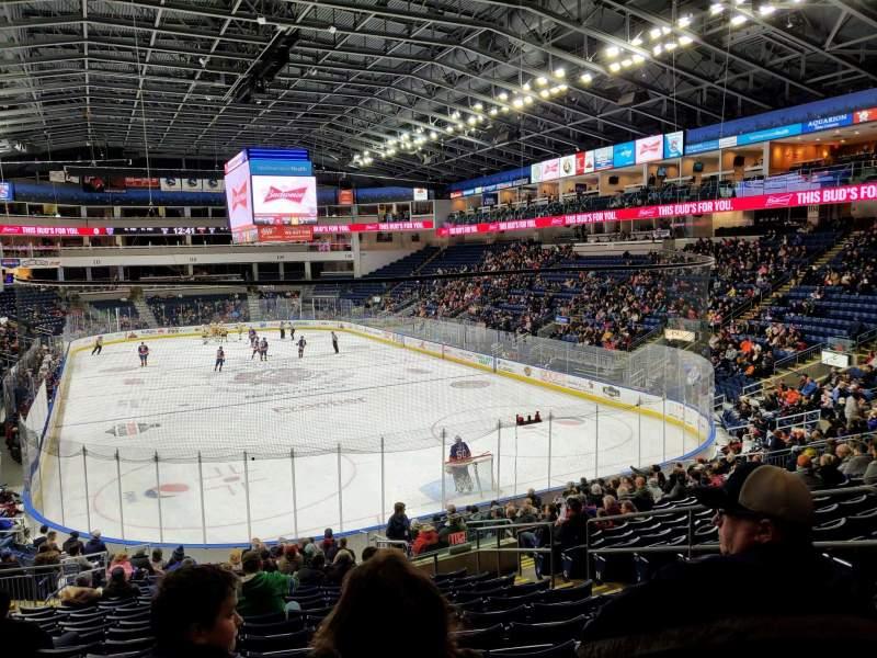 Vista sentada para Webster Bank Arena Secção 119 Fila S Lugar 7