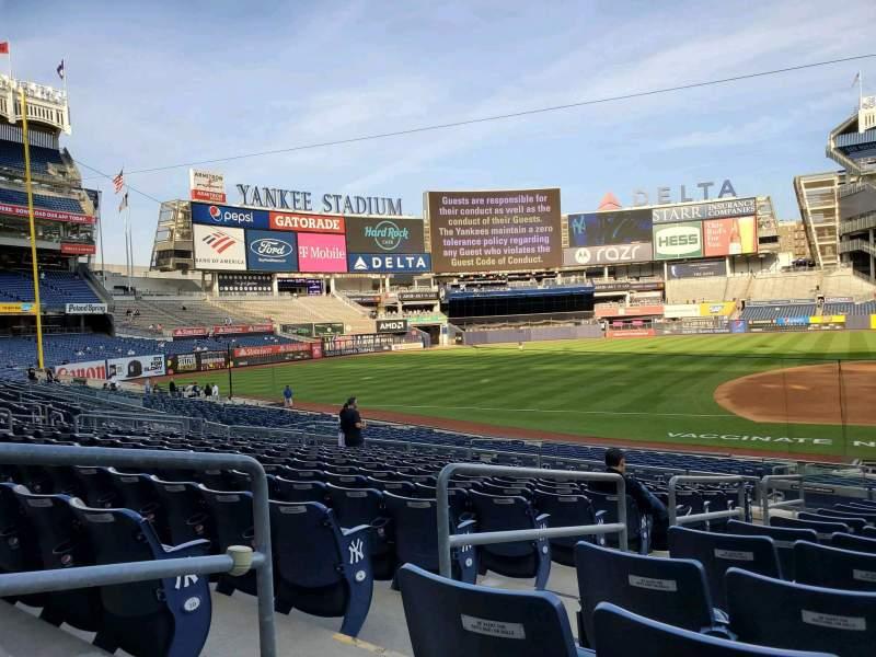 Vista sentada para Yankee Stadium Secção 125 Fila 12 Lugar 7