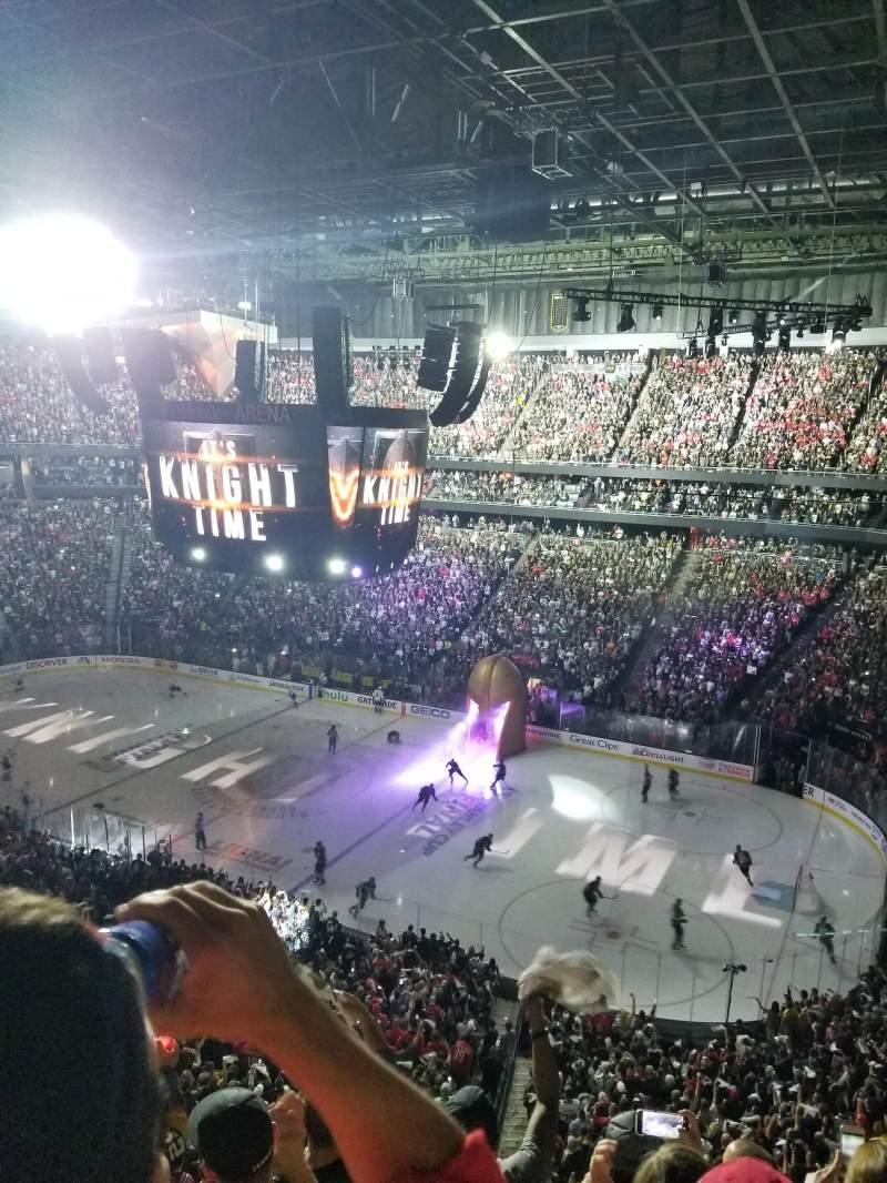 Vista sentada para T-Mobile Arena Secção 226 Fila E Lugar 10