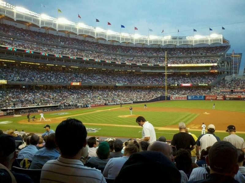 Vista sentada para Yankee Stadium Secção 115 Fila 26 Lugar 5