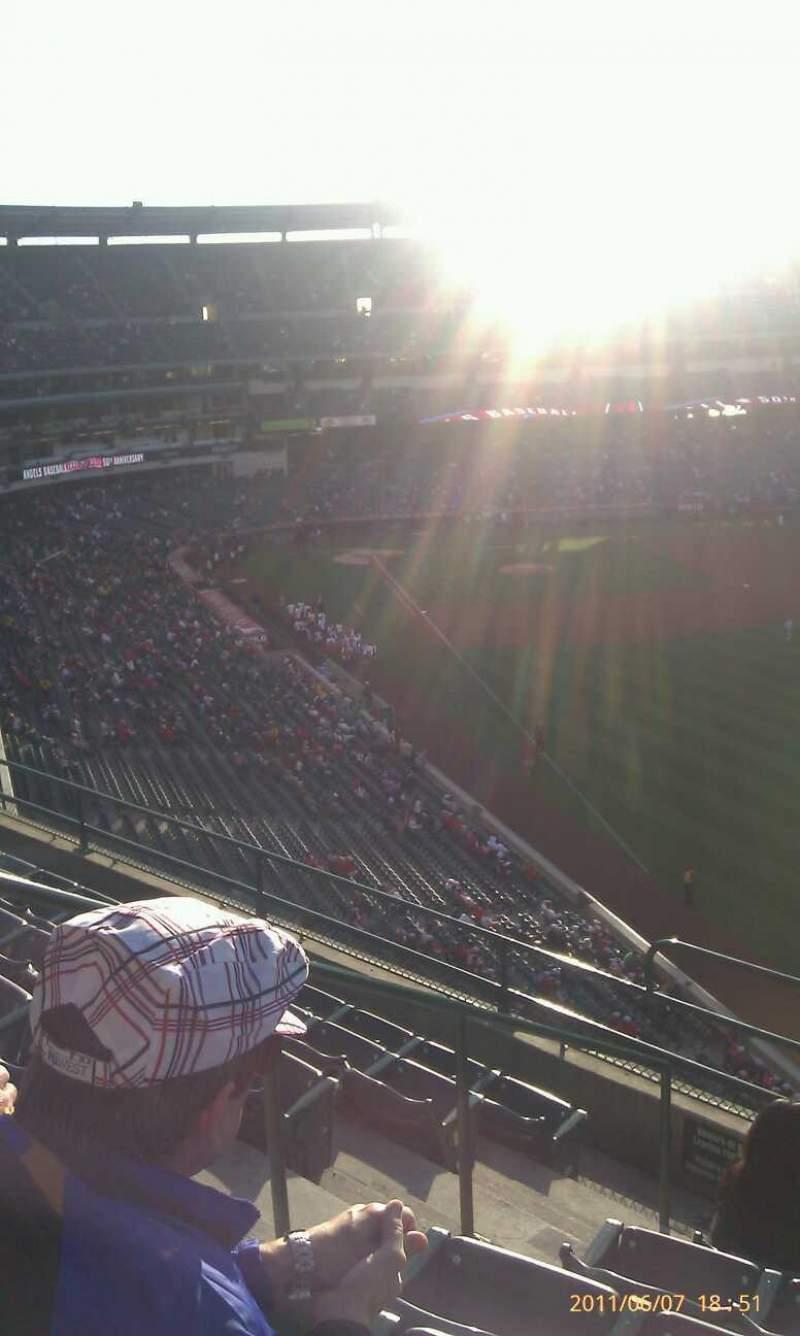 Vista sentada para Angel Stadium Secção 434 Fila g Lugar 4