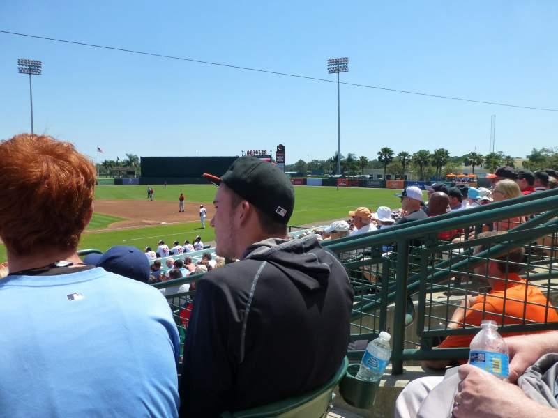 Vista sentada para Ed Smith Stadium Secção 210 Fila 4 Lugar 3