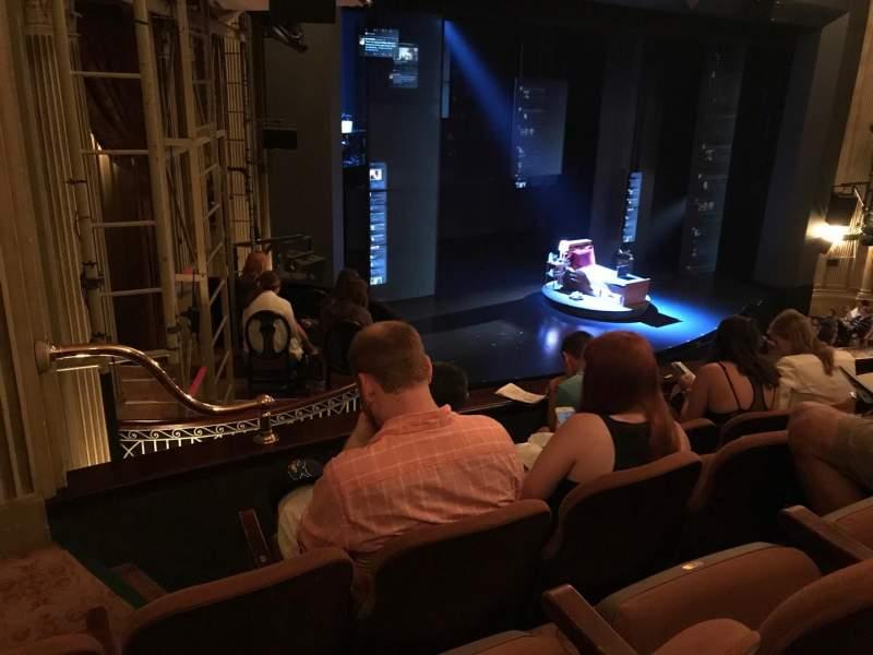 Vista sentada para Music Box Theatre Secção Mezzanine L Fila D Lugar 27