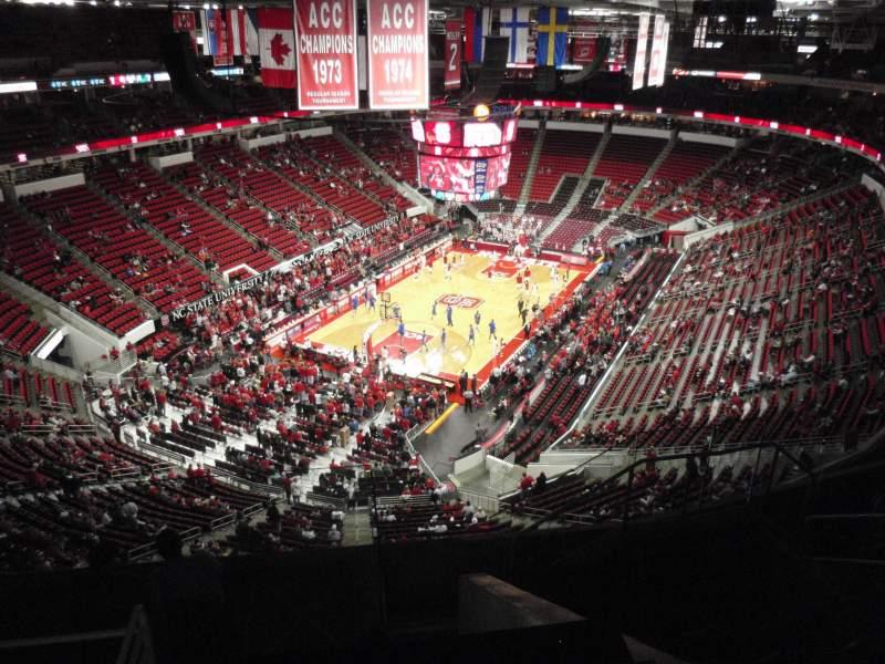 Vista sentada para PNC Arena Secção 331 Fila H Lugar 7