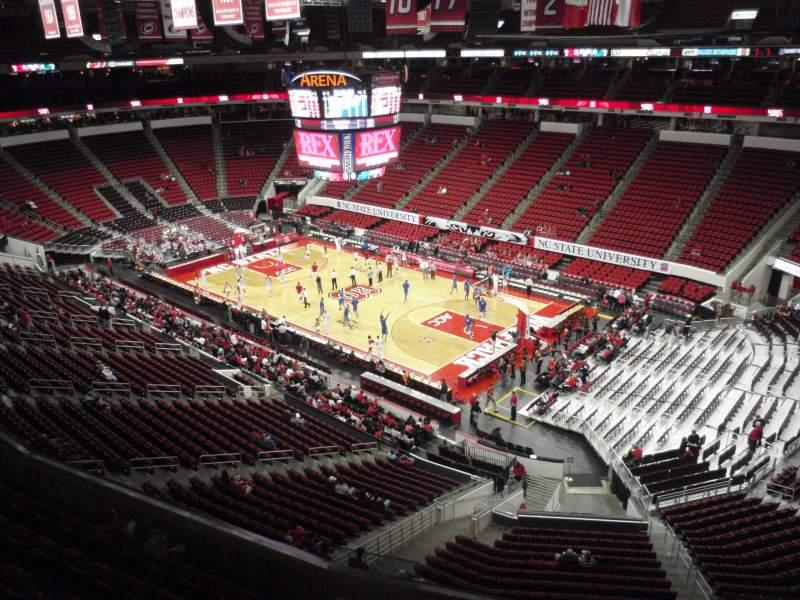 Vista sentada para PNC Arena Secção 338 Fila A Lugar 14