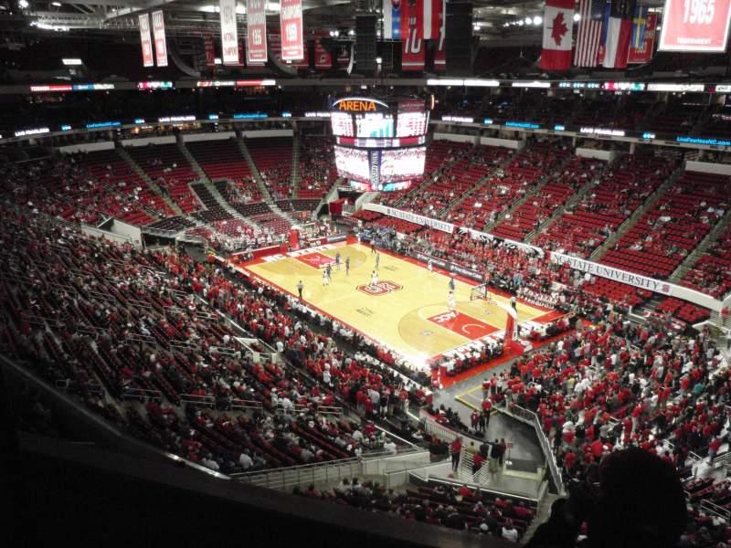Vista sentada para PNC Arena Secção 337 Fila A Lugar 1