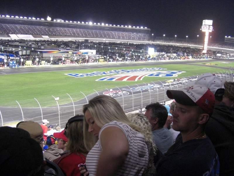 Vista sentada para Charlotte Motor Speedway Secção Chry A Fila 20 Lugar 5