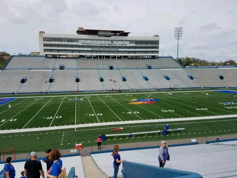 Vista sentada para David Booth Kansas Memorial Stadium Secção 23 Fila 29 Lugar 1