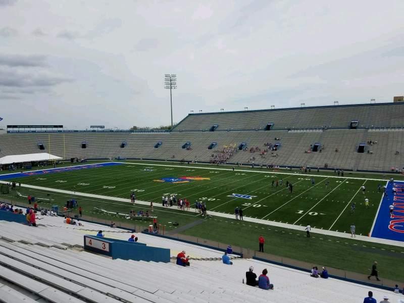 Vista sentada para David Booth Kansas Memorial Stadium Secção 3 Fila 39 Lugar 5