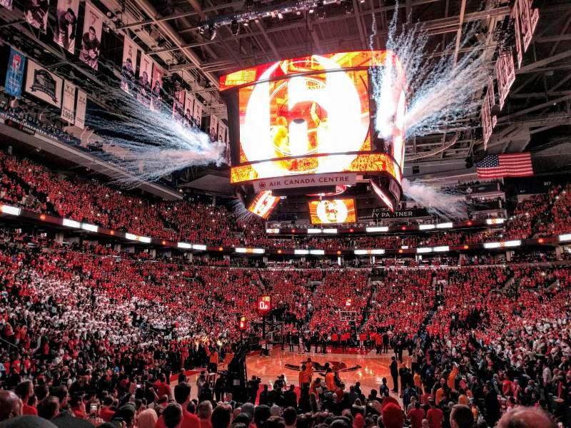 Vista sentada para Scotiabank Arena Secção 102 Fila 10 Lugar 1