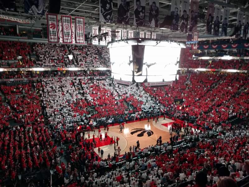 Vista sentada para Scotiabank Arena Secção 311 Fila 4 Lugar 11