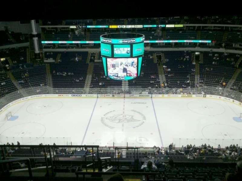 Vista sentada para Bridgestone Arena Secção 326 Fila M Lugar 19