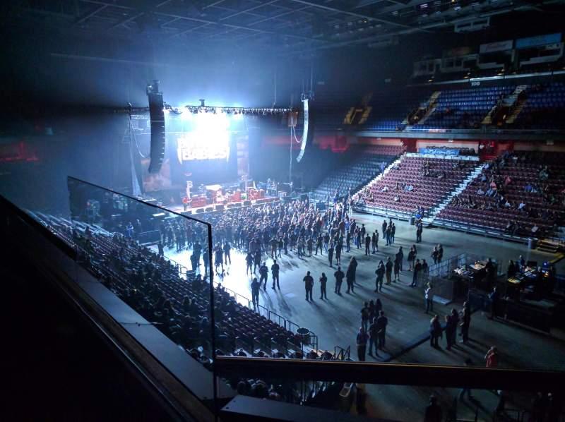 Vista sentada para Mohegan Sun Arena Secção 115 Fila B Lugar 11