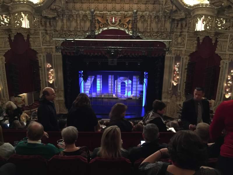 Vista sentada para Nederlander Theatre (Chicago) Secção Balcony C Fila P Lugar 305