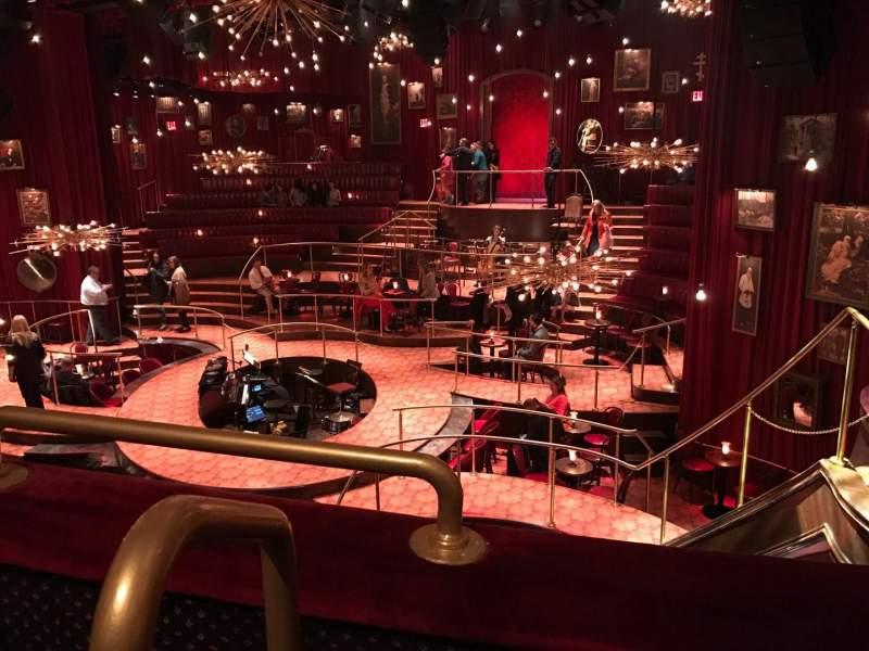 Vista sentada para Imperial Theatre Secção Mezz Fila A Lugar 1