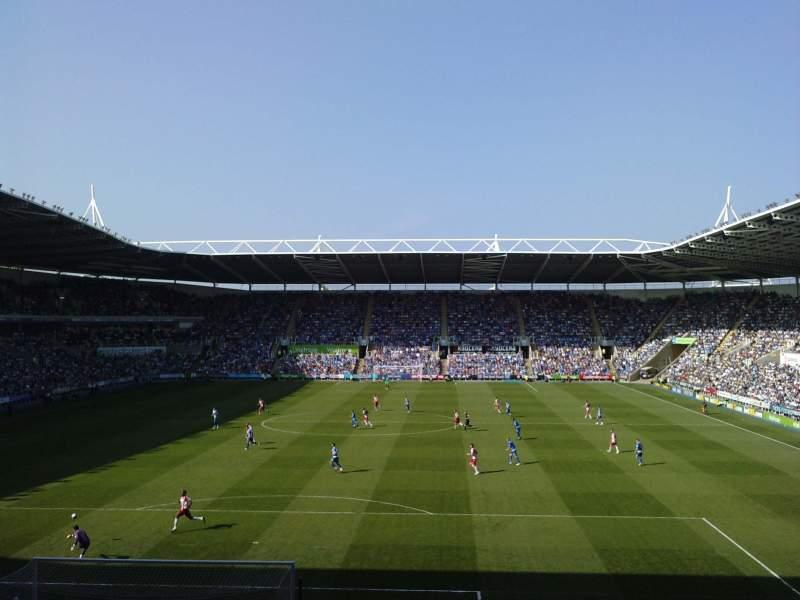 Vista sentada para Madejski Stadium Secção R28 Fila Q Lugar 0089
