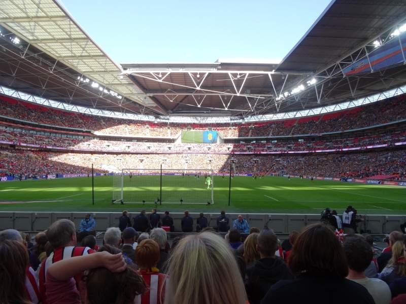 Vista sentada para Wembley Stadium Secção 133 Fila 9 Lugar 314