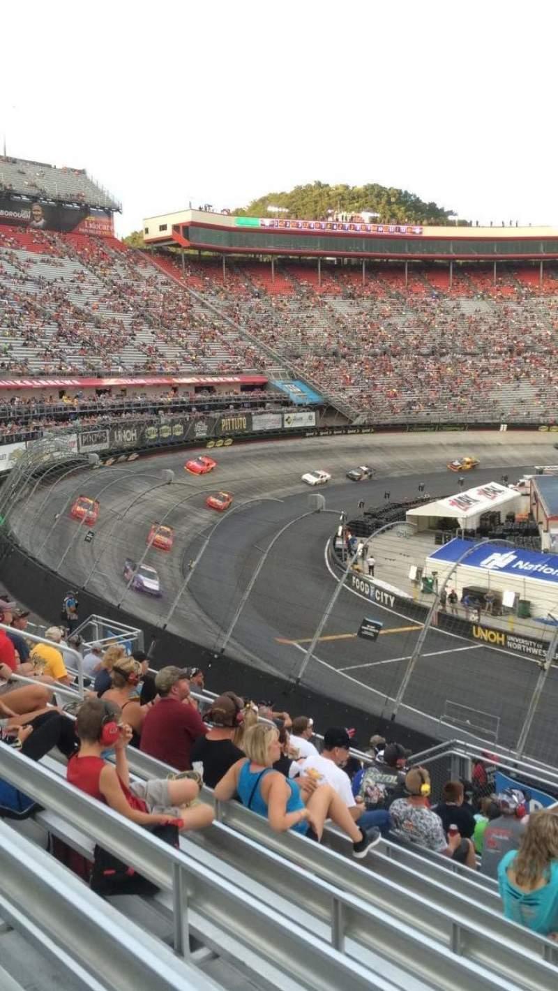 Vista sentada para Bristol Motor Speedway Secção Richard Petty Fila 22 Lugar 4