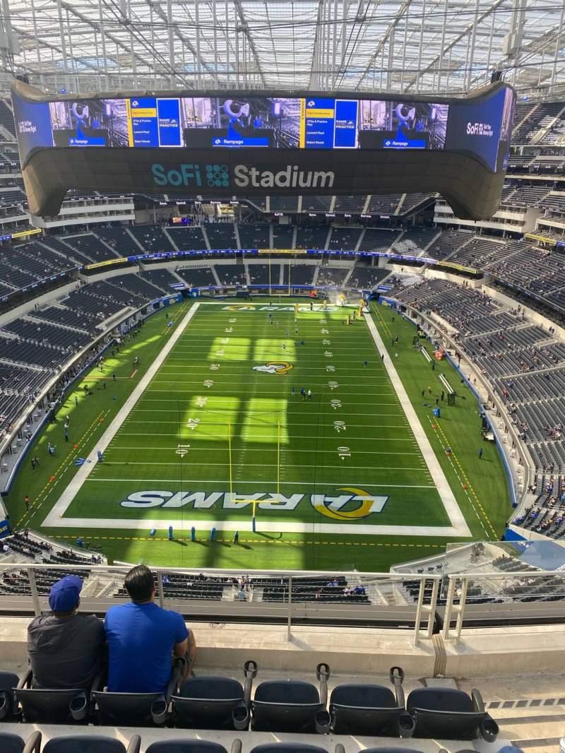 Vista sentada para SoFi Stadium Secção 429 Fila 5 Lugar 3