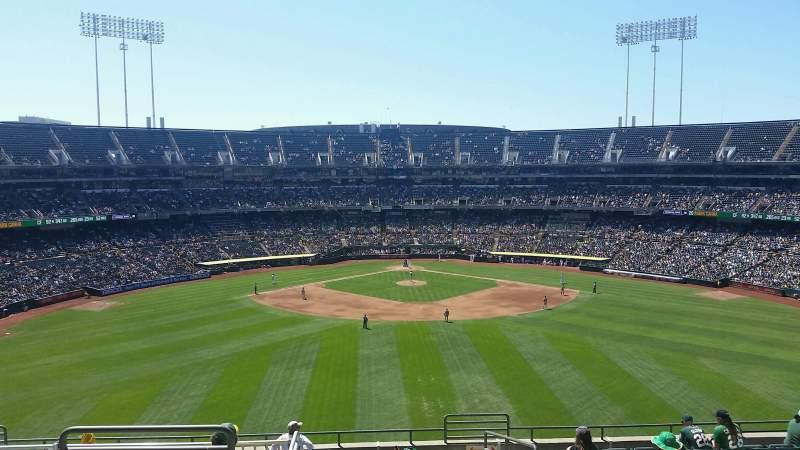 Vista sentada para Oakland Coliseum Secção 243 Fila 13 Lugar 3