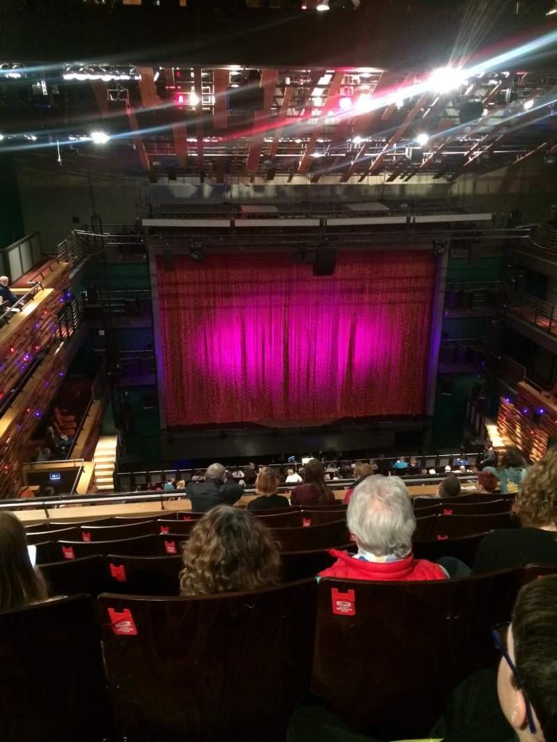 Vista sentada para Aylesbury Waterside Theatre  Secção Circle 2 Fila G Lugar 22