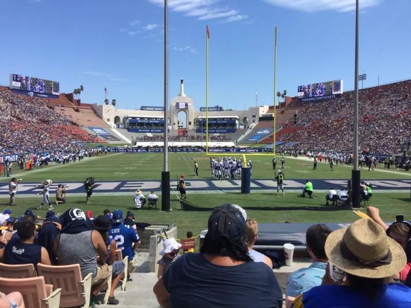 Vista sentada para Los Angeles Memorial Coliseum Secção 15H Fila 13 Lugar 101