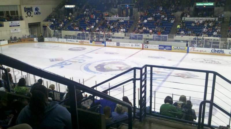 Vista sentada para Columbus Civic Center Secção 209b Fila P Lugar 36