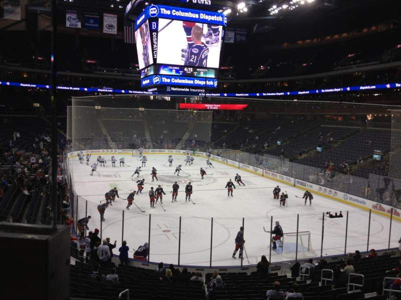 Vista sentada para Nationwide Arena Secção 121 Fila BB Lugar 12