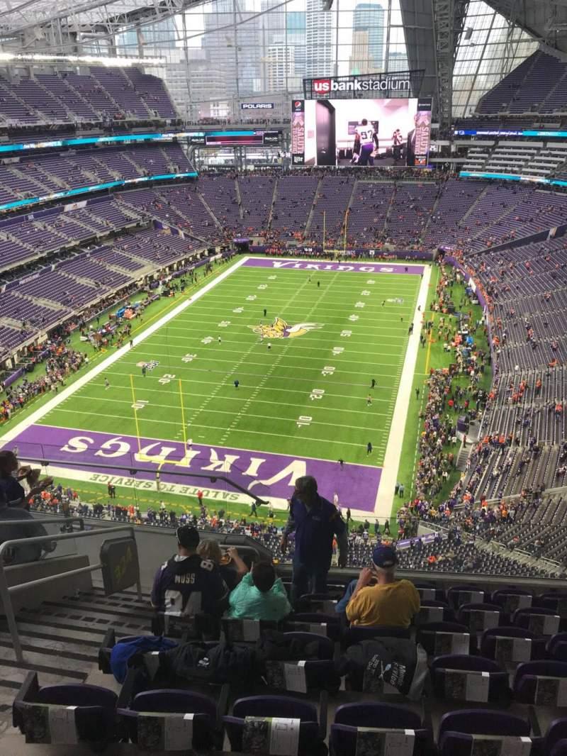 Vista sentada para U.S. Bank Stadium Secção 324 Fila 8 Lugar 12
