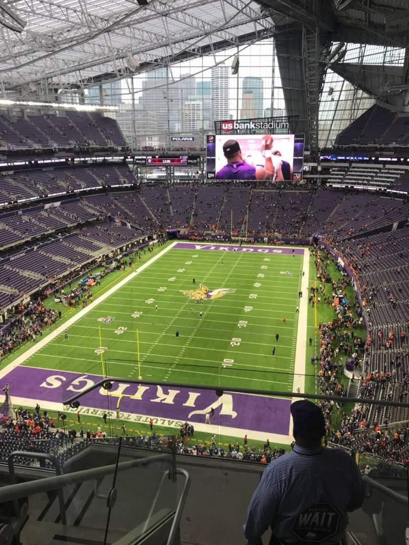 Vista sentada para U.S. Bank Stadium Secção 325 Fila 5 Lugar 2