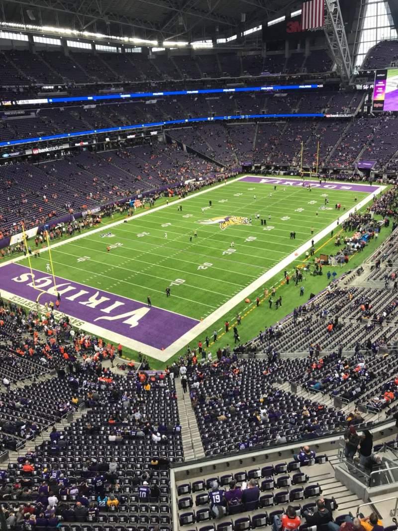 Vista sentada para U.S. Bank Stadium Secção 350 Fila A Lugar 15