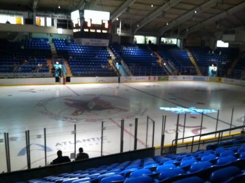 Vista sentada para 1st Summit Arena Secção 14 Fila M Lugar 6